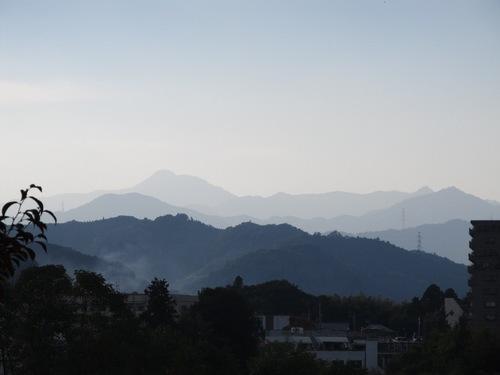 とおくの山々110710.jpg